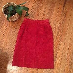 100% leather vintage skirt